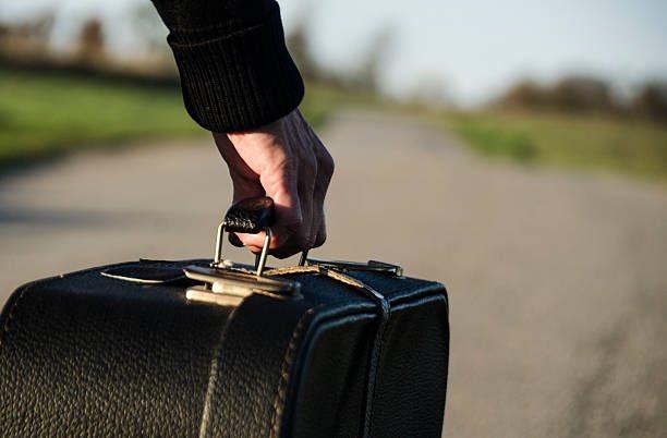 چمدان بستن برای سفر و ترفندهایی که باید بدانید
